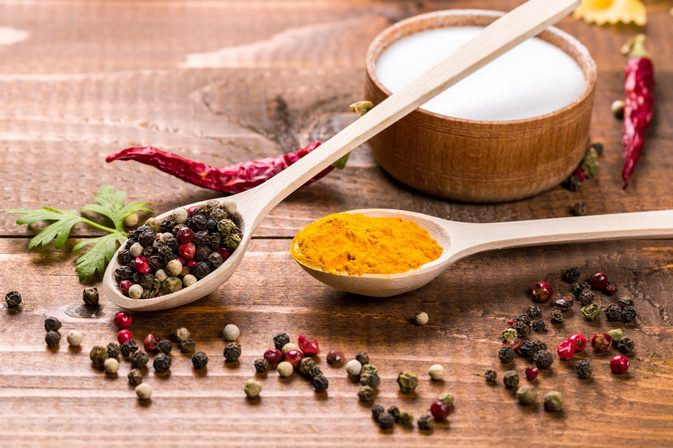 Conheça Especiarias que podem Substituir o Sal