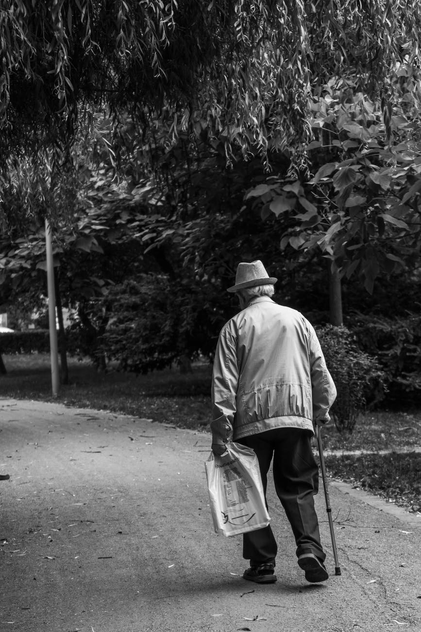 monochrome photo of an old man